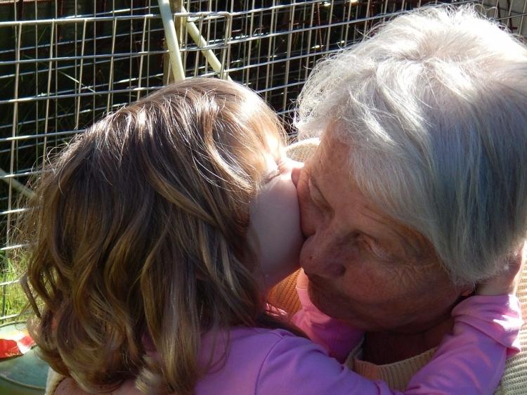 grandma-577494_1280